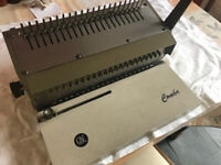 Comb Binding Company Ltd hand binding machine with variety of combs A4