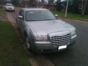 2006 Chrysler 300 Touring Edition LOW MILES Ex.Cond ONLY! $3995