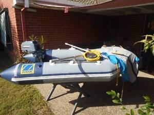 Zodiac Inflatable Boat with Johnson Outboard Shailer Park Logan Area Preview