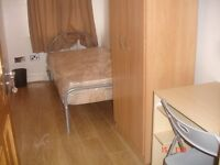 Females Only Nice Accomodation in Olympic Stratford Area! Lounge Large LED TV LCD WiFi Cleaner