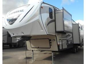 2017 CHAPARRAL 29 RLS - 3 SLIDES! ULTRA LIGHT 5TH WHEEL