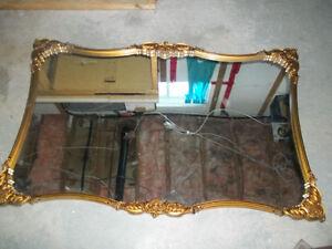 tres beau miroir
