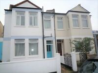 1/2 Bedroom, Ground Floor Flat To Rent, Colliers Wood