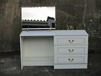 WHITE DRESSING TABLE WITH MIRROR IN GOOD CONDITION
