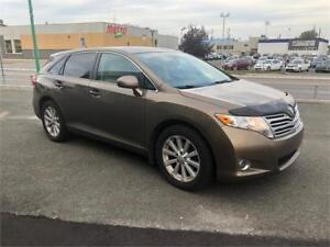 2010 Toyota Venza AWD 4Cylinder Toit Panoramique, cuir, Mags