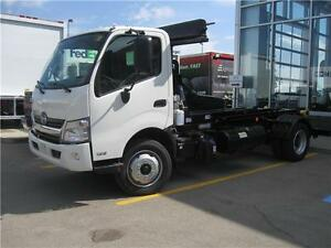 2015 Hino 195-137 Stellar Industries Hook Lift Model Truck