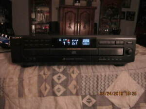 SONY 5 Disc Changer / CD Player