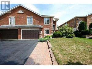 92 Logan Crt Barrie Ontario Great house for sale!