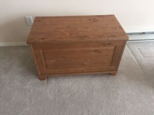 RUSTIC LOOKING SOLID-WOOD CHEST