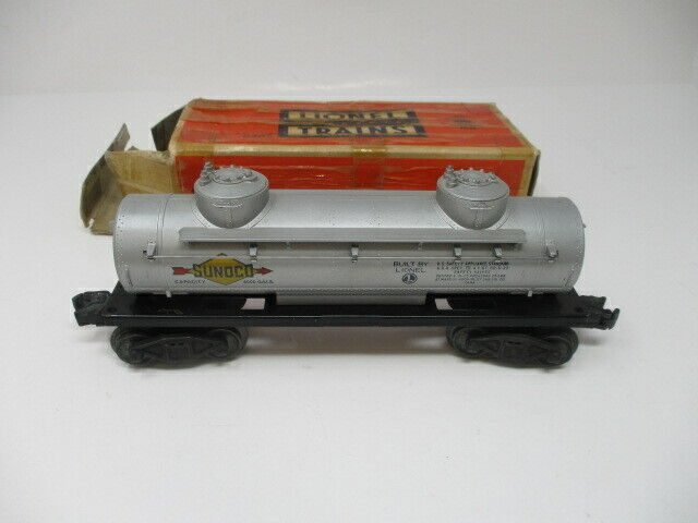 LIONEL Post War Tank Car Double Dome  Lionel No. 6465 w/ Original Box