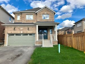 Large four bedroom detached home in Alliston Ontario