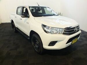 2016 Toyota Hilux GUN126R SR (4x4) Glacier White 6 Speed Manual Dual Cab Utility Clemton Park Canterbury Area Preview