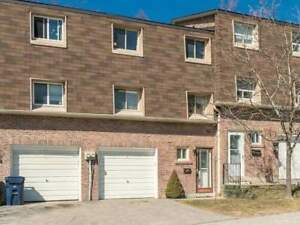 Condo Townhouse Multi-Level - Rock Moss Way - Toronto
