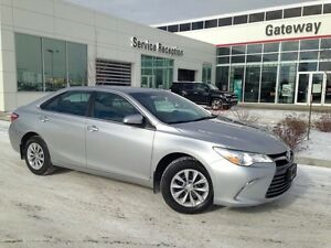 2015 Toyota Camry LE Back up Cam, Bluetooth, USB/AUX inpur