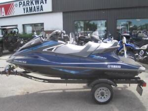 Preowned 2015 Yamaha VX Crusier PWC 4 Stroke - Low Hours