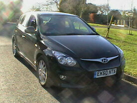 60 REG HYUNDAI i30 1.6CRDI DIESEL 115PS COMFORT 5 DOOR HATCHBACK IN BLACK