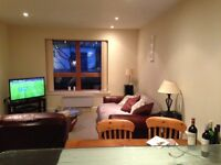 Double Room in Clifton. Fully furnished with own bathroom.