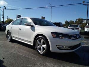 2012 Volkswagen Passat TDI BLANC SUR NOIR CUIR TOIT MAGS