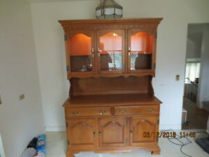 MOVING SALE ---- CHINA CABINET