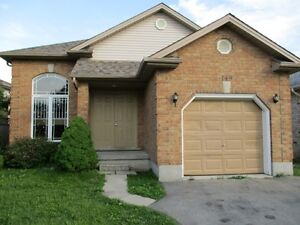 Fanshawe Students! The Best Choice In House Rentals! London Ontario image 2