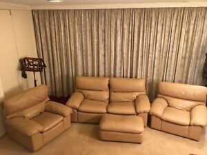 "Moran ""Rossana"" Leather Lounge Suite Balwyn Boroondara Area Preview"