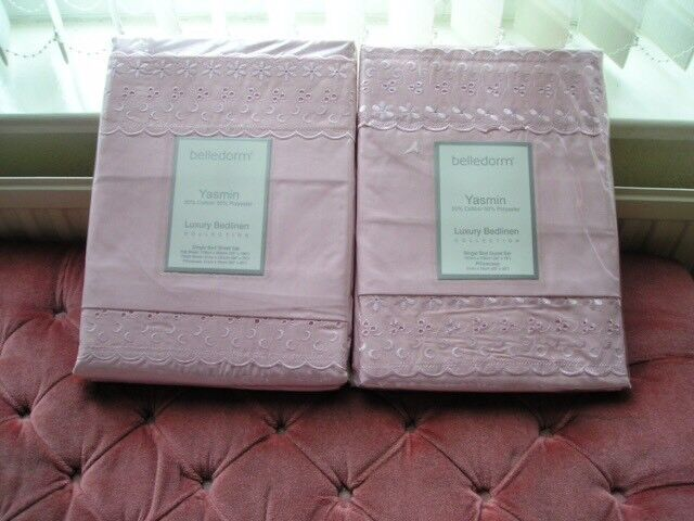 Luxury single bedding (new & packaged)