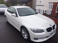 BMW 318 SE 1.8 L Coupe 2012 Pearl White Cherry Red Leather Low Miles Immacualte Condition VERY CLEAN