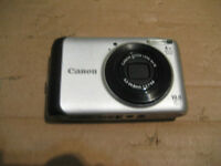 canon powershot A3000 IS. 10 MP. 4X optical zoom. Include batter