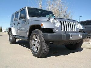 2016 Jeep Wrangler Unlimited Sahara**4x4**Navigation with 40 GB