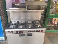 HEAVY DUTY COMMERCIAL KITCHEN EQUIPMENT 8 BURNER GAS COOKER WITH SALAMANDER SLIM RESTAURANT CAFE