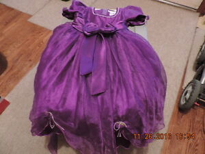 Girl's Size 5T ThyThy Brand Party Dress - PPU London Ontario image 1