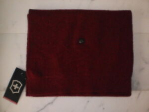New Men's VICTORINOX Snap Front Wool & Silk Scarf