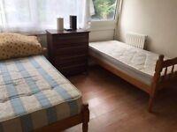 GOOD SIZE TWIN/DOUBLE ROOM IN ROEHAMPTON £150 PW (ALL BILLS INC)