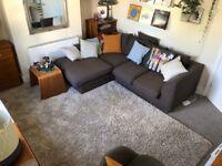 Self-contained 1st floor flat quiet street off Mill Rd: Two rooms plus kitchen & bathroom. £825.00pm