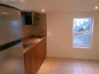 $950 / 1br - Dufferin & Rogers One Bed Apartment