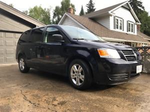 2010 Dodge Grand Caravan SE Minivan, Van
