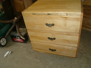 3  drawers and a cutting board ( just reduced)