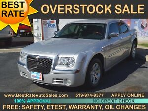 2009 CHRYSLER 300 Limited - SUNROOF, LEATHER
