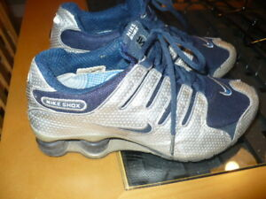 Ladies Nike Shox Shoes Size 7