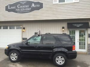 2006 Ford Escape Limited AWD-Leather, Sunroof, Heated Seats!