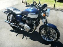 2010 Triumph Bonneville 850 SE Cruiser 865cc Willagee Melville Area Preview