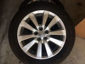 16'' Toyota corolla alloy rim with tpms and tire in mint conditi