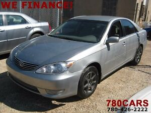 2005 Toyota Camry LE 4dr Sedan - only 142,000kms
