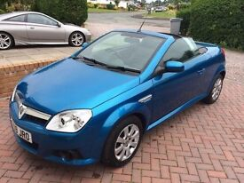 Vauxhall Tigra 2009 - Great condition - Low Mileage - Perfect for Summer