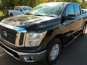 2017 Nissan Titan 2017 Clearance!! SV: Push Button Start, Power