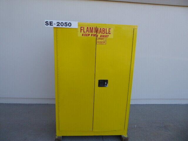 A&A Sheet Metal 45 Gallon Flammable Storage Cabinet SE2050 (SE2050)