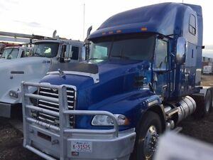MACK CHU613 TRUCK TRACTOR