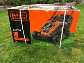 Black and Decker 38cm 36V Lithium-ion Cordless Lawn Mower with two batteries