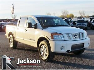 2012 Nissan Titan PRO-4X truck- Heated Leather, Bluetooth!