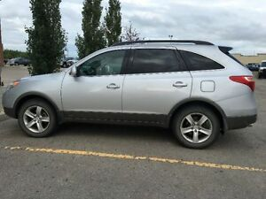 Hyundai Veracruz 2007 , SUV , Good Inside Out, only $6500!!!